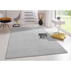 Szary dywan do przedszkola